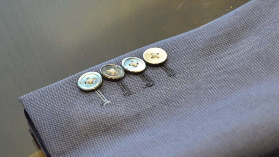 袖釦のデザインと釦数について